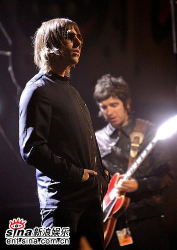 图文:全英音乐颁奖礼-Oasis