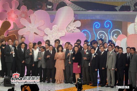 图文:IFPI香港唱片销量奖--合影