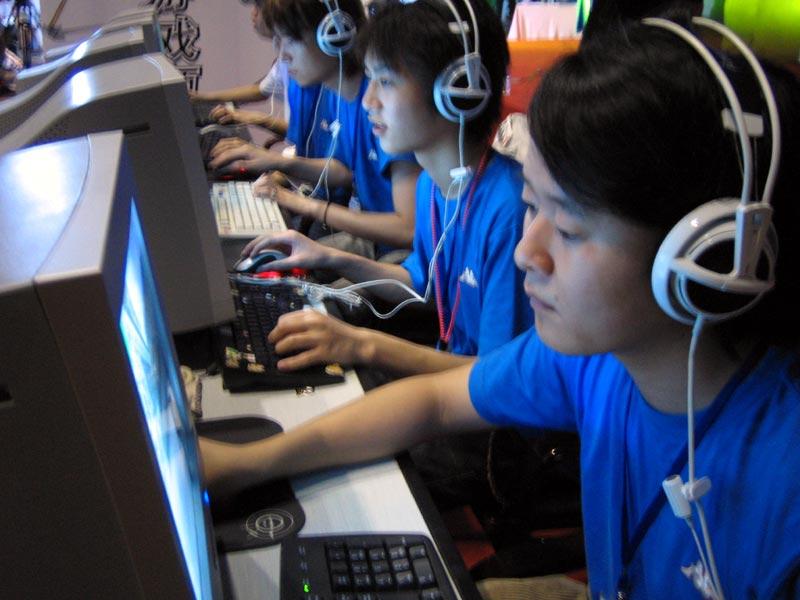 ESWC2005中国区决赛图集:决赛颁奖