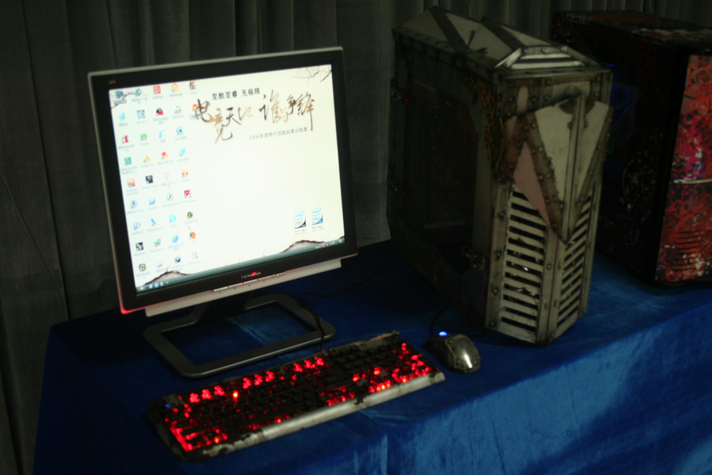 英特尔06顶级电竞玩家训练营图集
