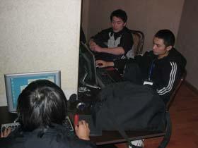 新浪游戏_CIG2004电竞大会北京赛区最新战况