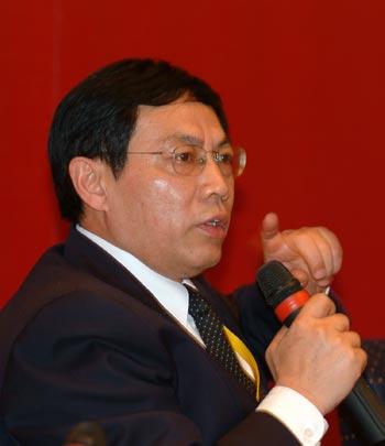 任志强:未来中国的地产业将向金融业转型