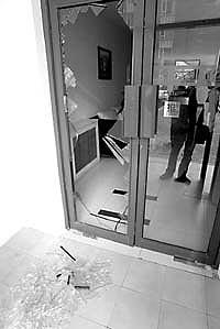 京贸国际公寓保安不识业主冲突中业主遭殴(图)