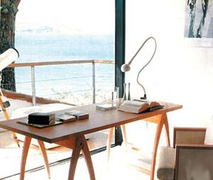 小户型阳台四种变身方案 阳台变书房