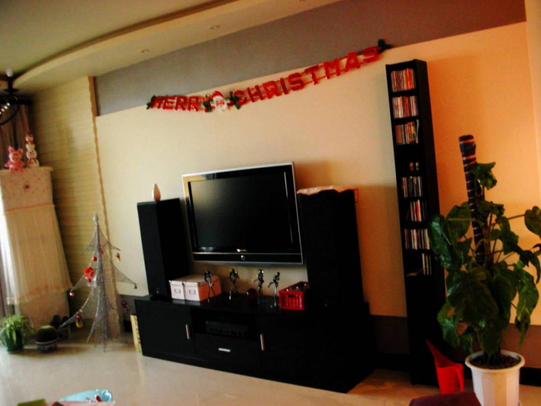 客厅的电视和音响