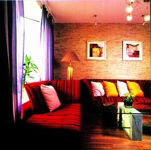 酒红色沙发搭配图片