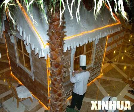 组图:北京糕点小屋迎圣诞造型精美以假乱真