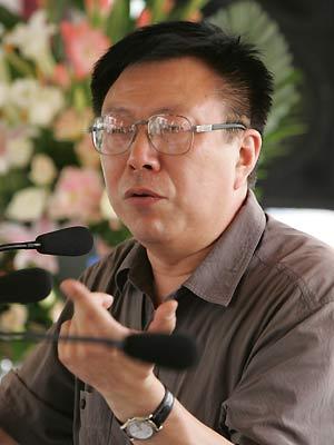 中国人民大学社会学研究所所长、社会学家周孝正   周孝正...