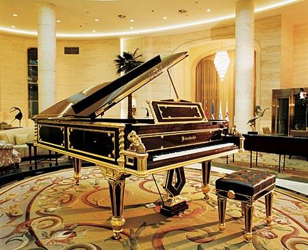 """藏的""""皇者""""钢琴"""
