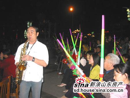著名演奏家李刚现场表演萨克斯独奏-西城 国际文化月 活动拉开帷幕