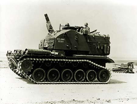 ...1沃克猛犬轻型坦克 六