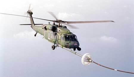 美国陆军UH-60黑鹰多用途直升机(附图)
