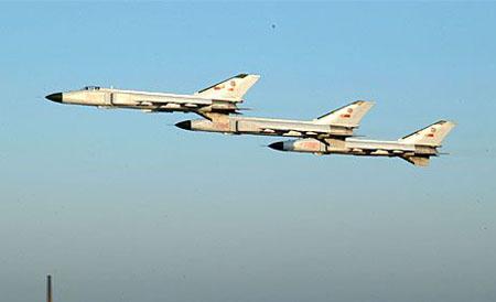 争论最多的中国战机:总设计师谈歼8II战斗机