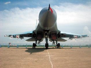 俄罗斯超远程空空导弹可打击300公里(组图)