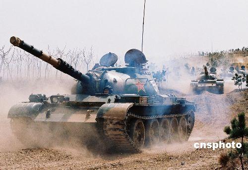 图文:济南军区某部进行应用性实战性训练