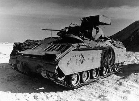 世界最先进的布拉德利步兵装甲战车(组图)