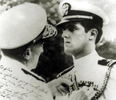 英雄还是混混:乔治・W・布什的当兵生涯(组图)