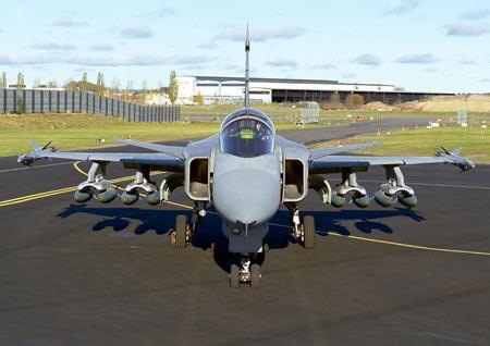 印度空军欲购瑞典JAS-39C/D鹰狮战斗机(组图)