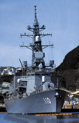 日本海的黑色冲击波-高波级导弹驱逐舰(组图)