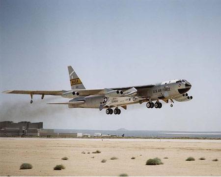 盘点2004年十大外国武器X-43A技术验证机