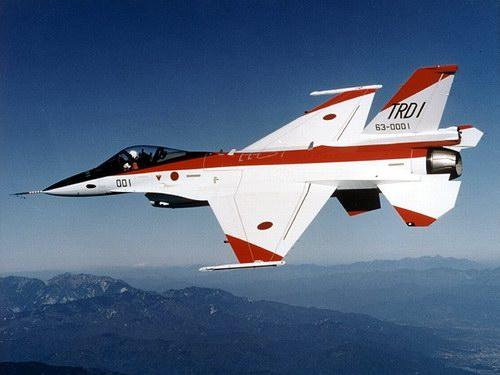 盘点2004年十大外国武器F-2战斗机