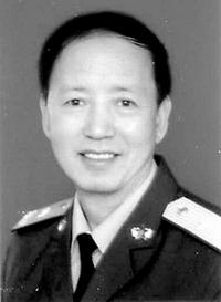 将军评论:努力培养信息化蓝天骄子(附图)