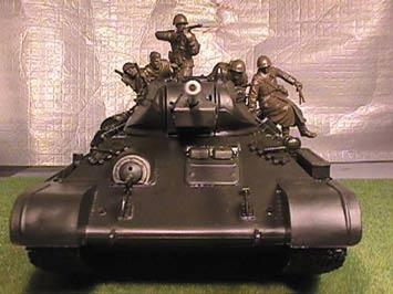烟尘下的猎手:前苏T-34/57坦克辉煌历史(图)