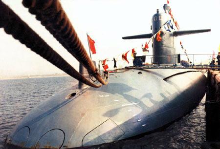 刘华清上将谈中国海军核潜艇(组图)