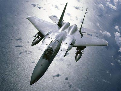 日本称为应对中国空军将在冲绳部署F-15战机