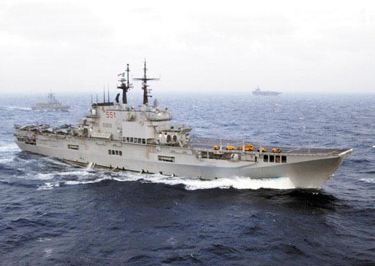 意大利海军加里波第号航空母舰(附图)