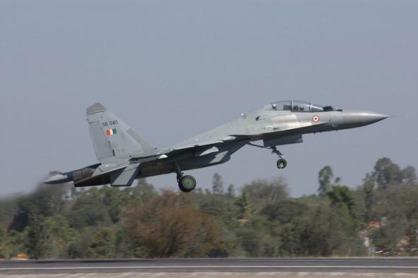 俄印达成协议将逐步改进苏-30MKI歼击机(图)