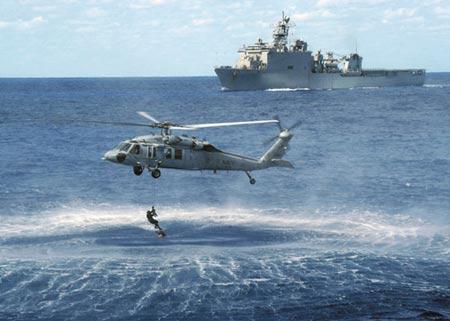 黑鹰通用直升机30年经典传奇的幕后故事(组图)