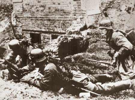 图文:德国步兵在市区