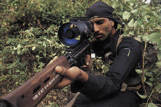 次大陆飞刀:揭秘印度陆军伞兵突击队(组图)