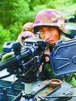 中国空降部队某新装备成全天候作战利器(组图)