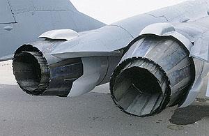安装矢量推力发动机的米格-29完成演示飞行(图)