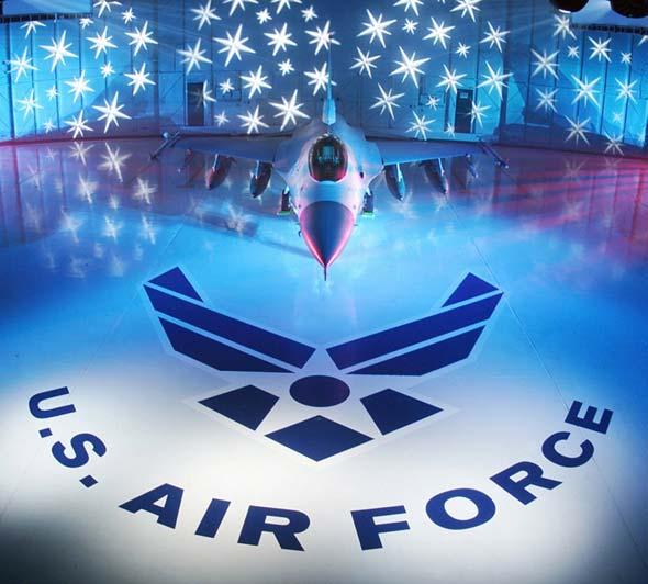 守卫华盛顿的美国国民警卫队121战机中队(图)