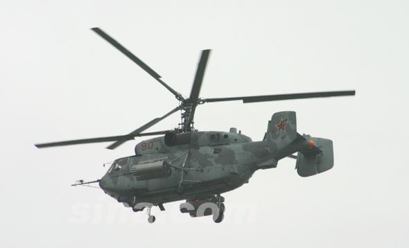 图文:编号90俄卡-29战斗运输直升机