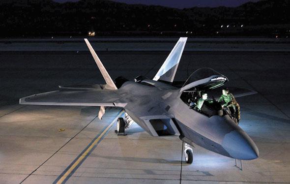 F/A-22战机实施现代化计划扩展网络中心战能力