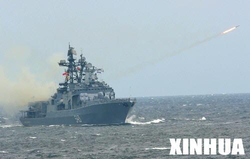 图文:俄海军的反潜舰发射防空导弹