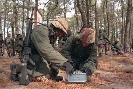 美国将在伊拉克部署地雷对付反美武装(附图)