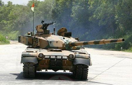 乌克兰将向巴基斯坦出售300台坦克发动机(组图)