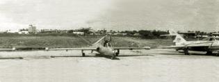 柬埔寨空军史系列之卷入混战岁月(组图2)