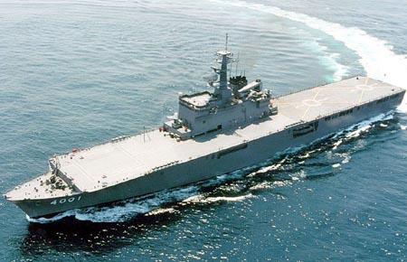 日本秘密建造轻型航母重整军备迈向军事大国