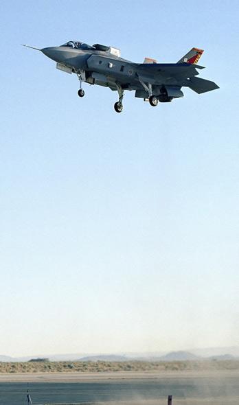 美海军陆战队期盼装备F-35STOVL型战机(图)