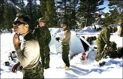 美军按照陆战队远征部队方案训练日本自卫队