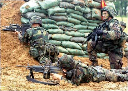 美日夺岛军演关键词:在战争中学习战争(图)