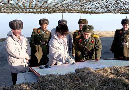 金正日要求朝鲜人民军开展读书活动(组图)