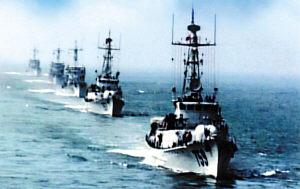 军报披露我海军运用火炮成功击落来袭导弹