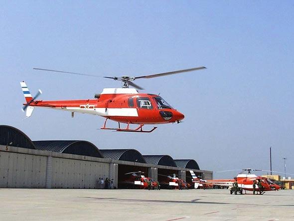 中国陆航新一代多用途轻型直升机首飞成功